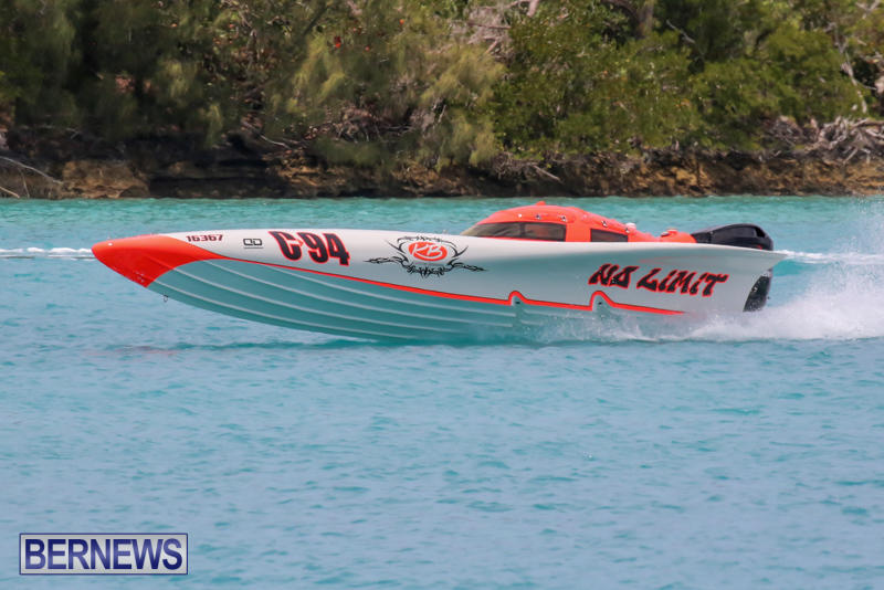 Powerboat-Racing-Bermuda-May-31-2015-12
