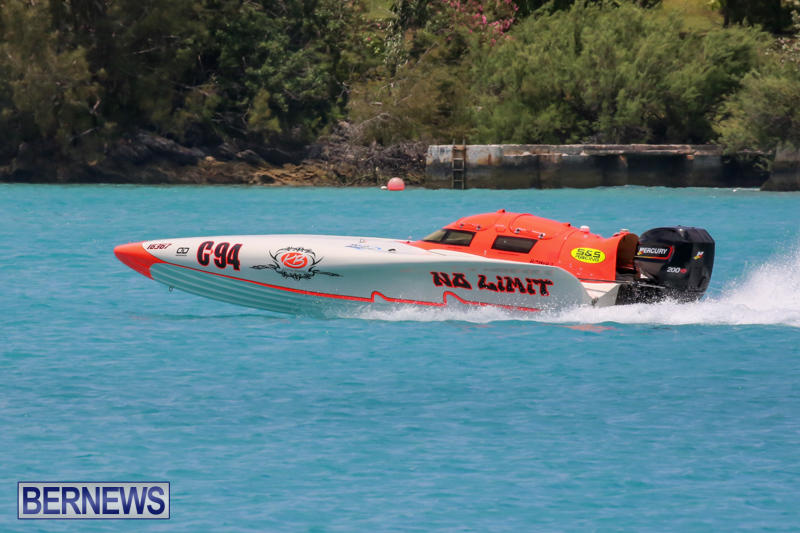 Powerboat-Racing-Bermuda-May-31-2015-14