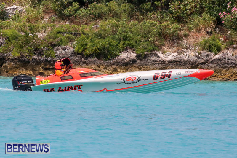 Powerboat-Racing-Bermuda-May-31-2015-15