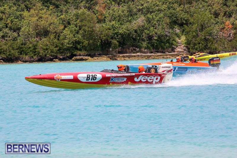 Powerboat-Racing-Bermuda-May-31-2015-21
