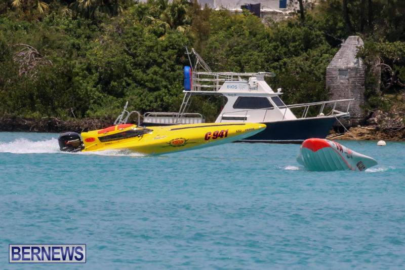 Powerboat-Racing-Bermuda-May-31-2015-23