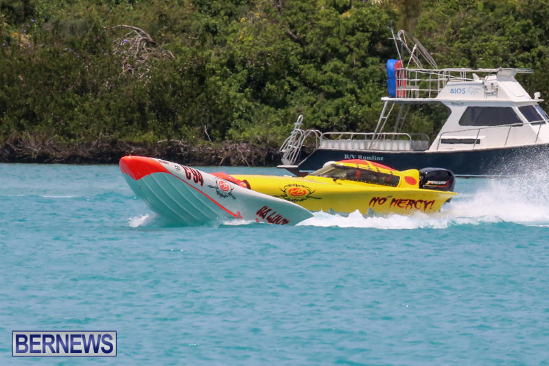 Powerboat-Racing-Bermuda-May-31-2015-24