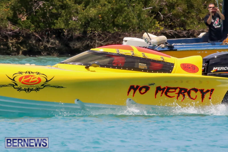 Powerboat-Racing-Bermuda-May-31-2015-26
