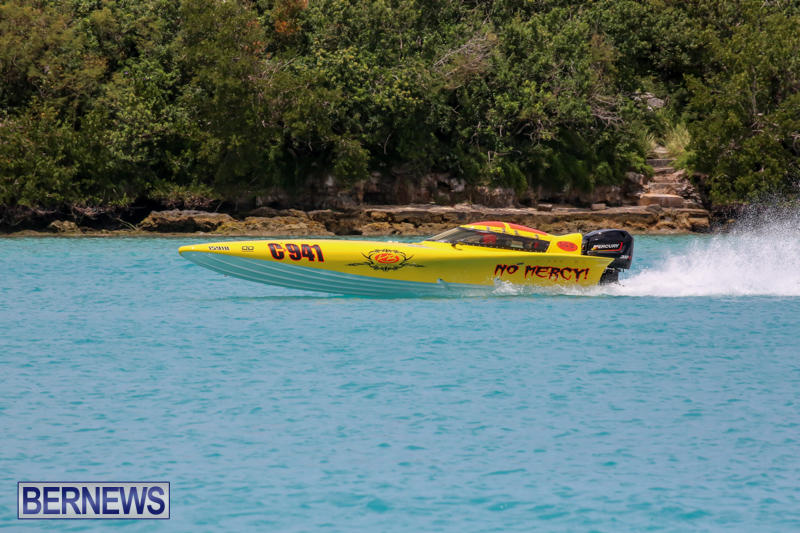 Powerboat-Racing-Bermuda-May-31-2015-27