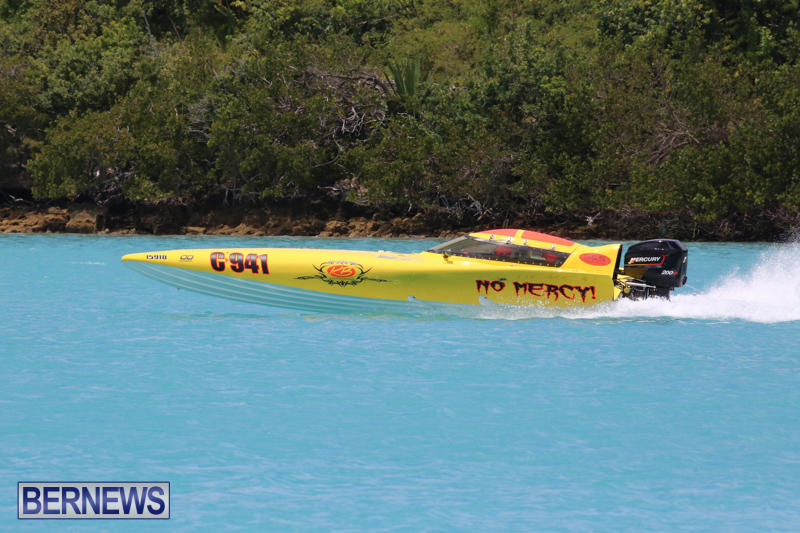 Powerboat-Racing-Bermuda-May-31-2015-28