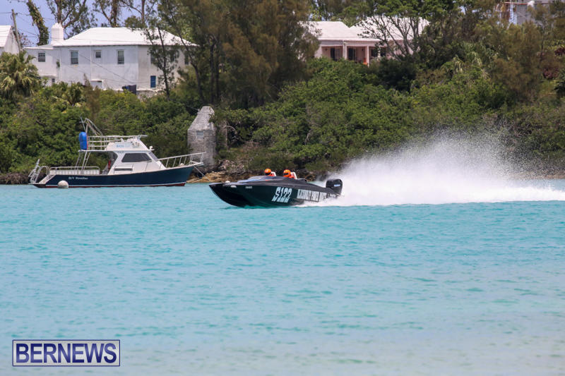 Powerboat-Racing-Bermuda-May-31-2015-30
