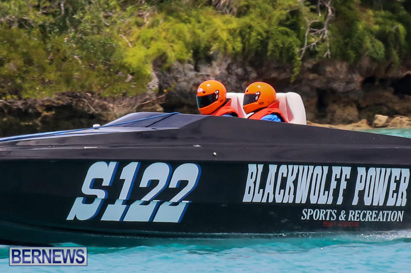 Powerboat-Racing-Bermuda-May-31-2015-32