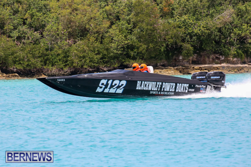 Powerboat-Racing-Bermuda-May-31-2015-33