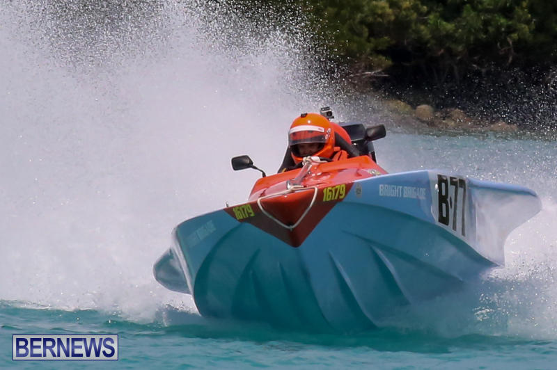 Powerboat-Racing-Bermuda-May-31-2015-37