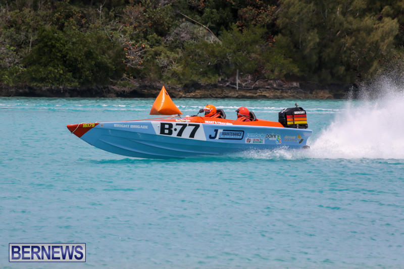Powerboat-Racing-Bermuda-May-31-2015-38