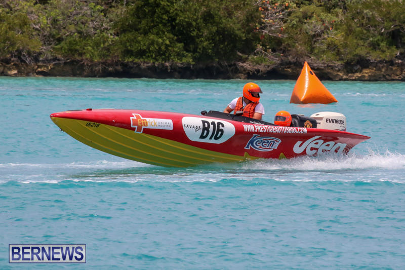 Powerboat-Racing-Bermuda-May-31-2015-39