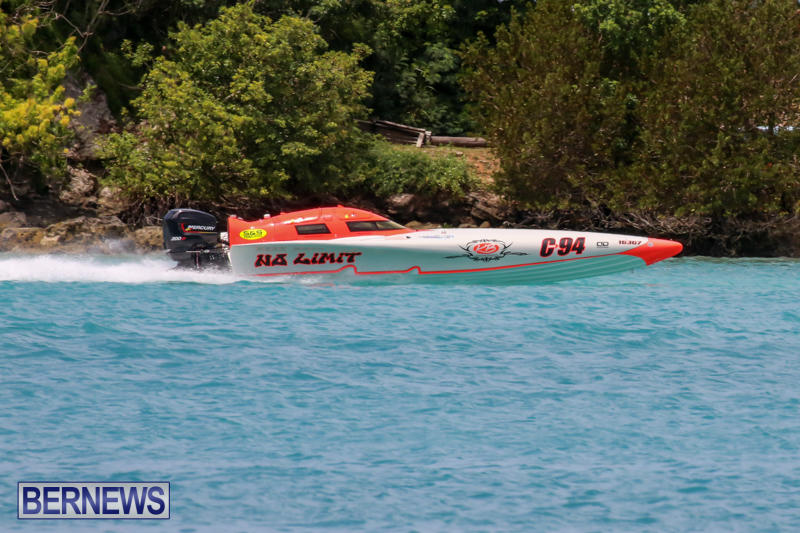 Powerboat-Racing-Bermuda-May-31-2015-40