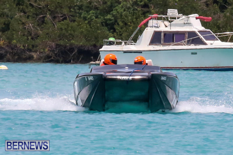 Powerboat-Racing-Bermuda-May-31-2015-44