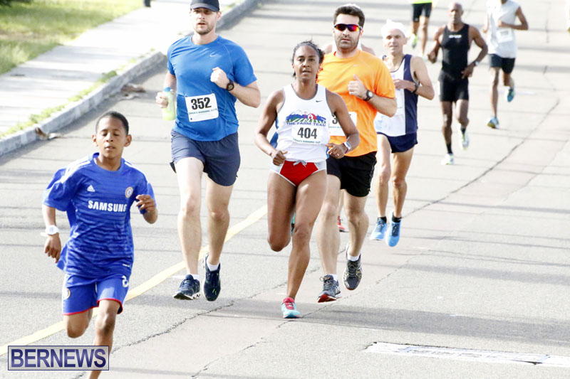 Sir-Stanley-Burgess-5K-Running-Race-2015-12
