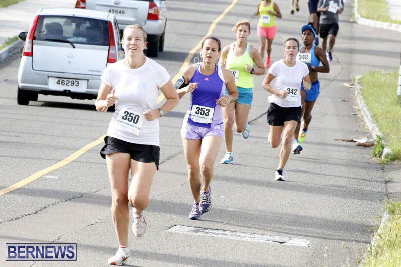 Sir-Stanley-Burgess-5K-Running-Race-2015-15
