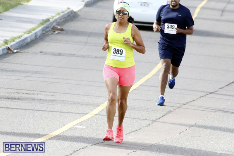 Sir-Stanley-Burgess-5K-Running-Race-2015-16