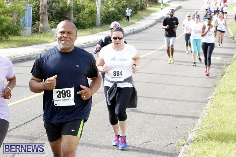Sir-Stanley-Burgess-5K-Running-Race-2015-2