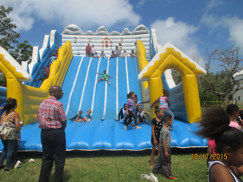 St.-George's-Children-Fun-Packed-Day-2015May22-69-ls