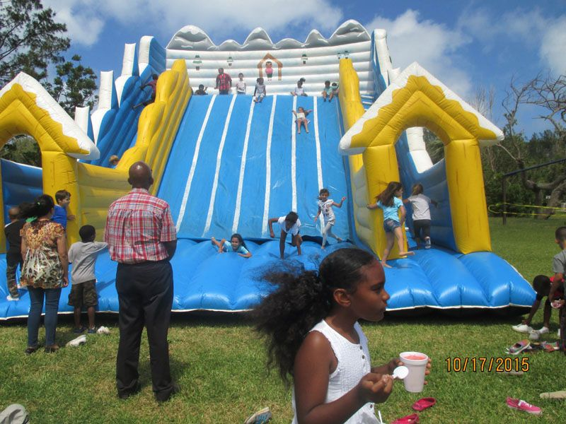 St.-George's-Children-Fun-Packed-Day-2015May22-72-ls