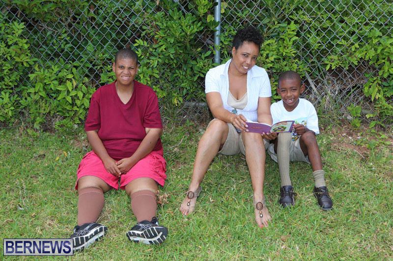 elliot-reading-bermuda-may-2015-107