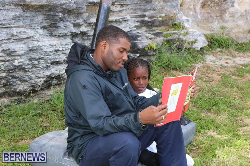 elliot-reading-bermuda-may-2015-110