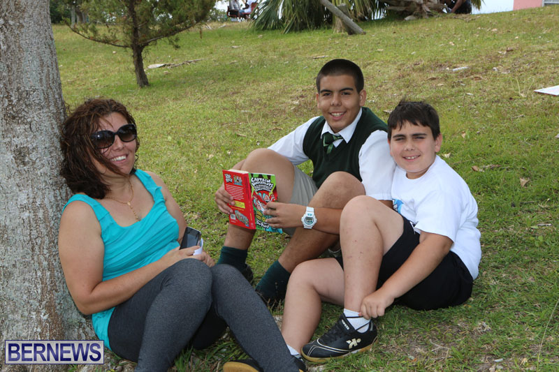 elliot-reading-bermuda-may-2015-111