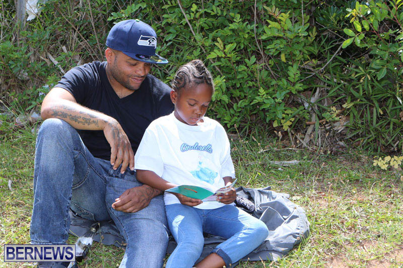 elliot-reading-bermuda-may-2015-15
