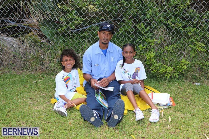 elliot-reading-bermuda-may-2015-33