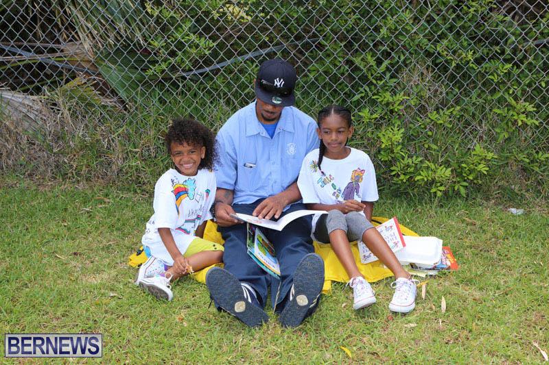 elliot-reading-bermuda-may-2015-34