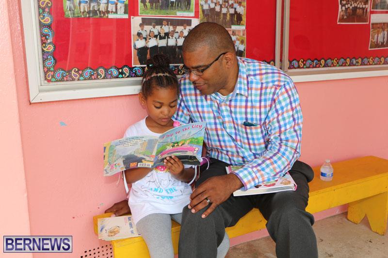 elliot-reading-bermuda-may-2015-45