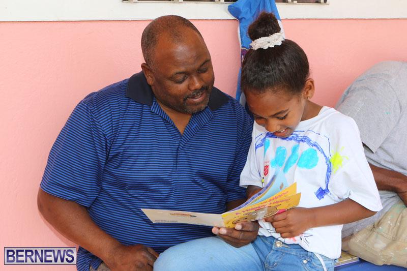 elliot-reading-bermuda-may-2015-5