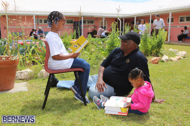 elliot-reading-bermuda-may-2015-64