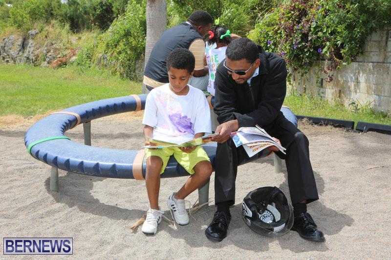 elliot-reading-bermuda-may-2015-72