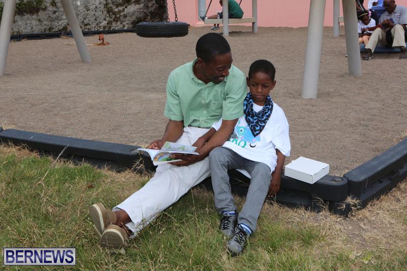 elliot-reading-bermuda-may-2015-78