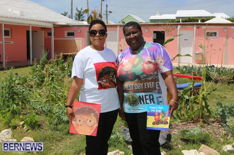elliot-reading-bermuda-may-2015-87