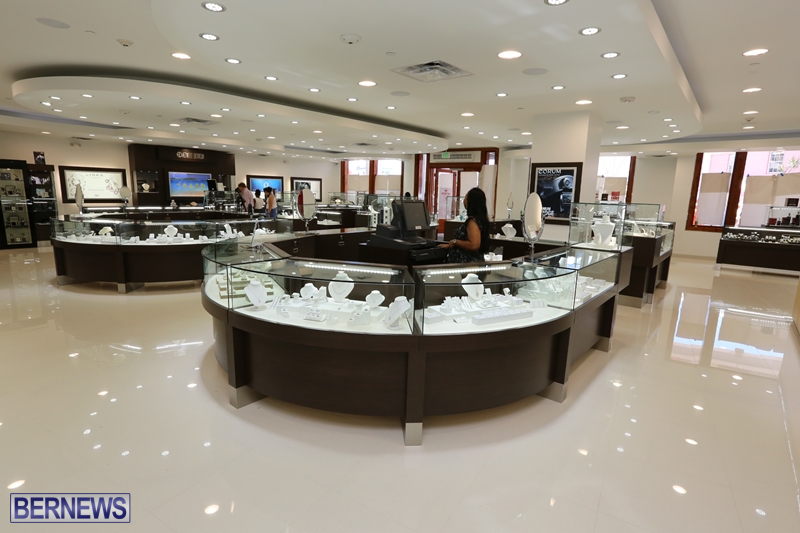 Astwood Dickinson Relocates Flagship Store (1)