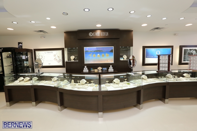 Astwood Dickinson Relocates Flagship Store (4)