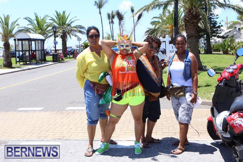 BHW-Parade-of-Bands-June-2015-bermuda-1