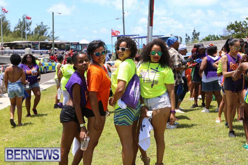 BHW-Parade-of-Bands-June-2015-bermuda-14