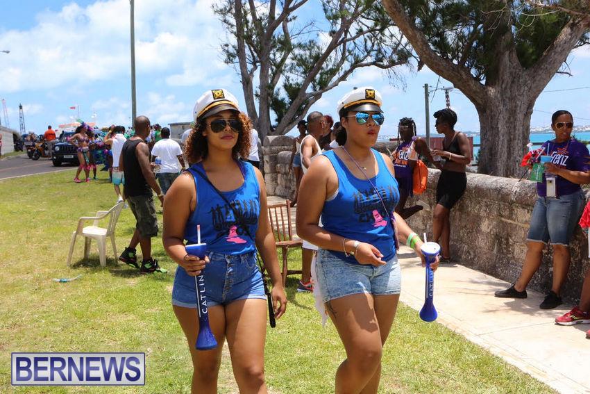 BHW-Parade-of-Bands-June-2015-bermuda-15