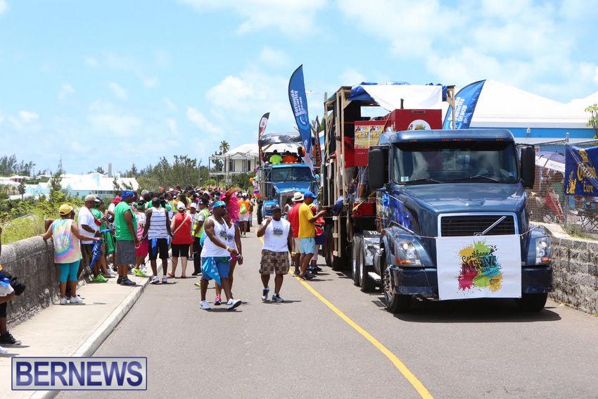 BHW-Parade-of-Bands-June-2015-bermuda-19