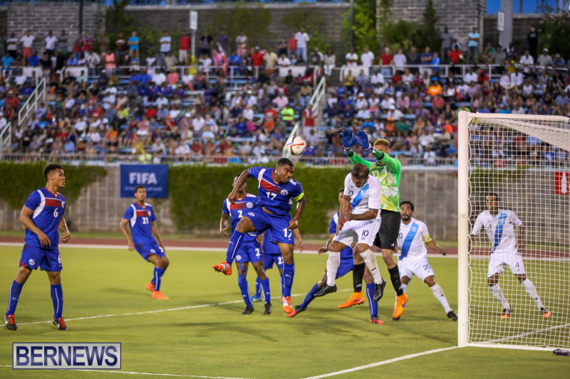 Guatemala-vs-Bermuda-Football-June-15-2015-15