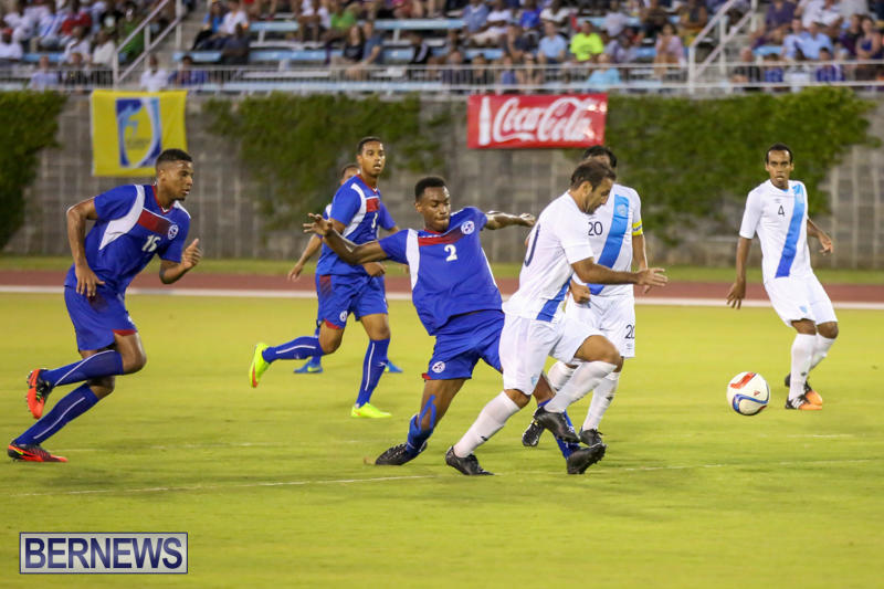 Guatemala-vs-Bermuda-Football-June-15-2015-16