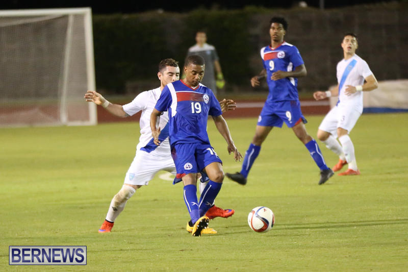 Guatemala-vs-Bermuda-Football-June-15-2015-39