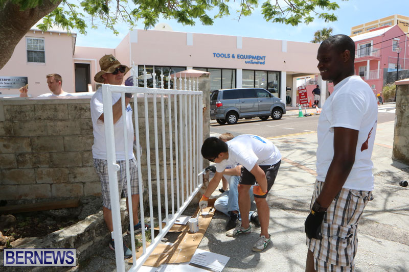 KPMG-Clean-Up-At-Dellwood-School-June-5-2015-2