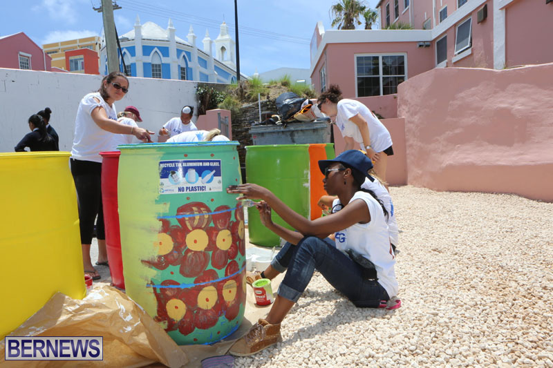 KPMG-Clean-Up-At-Dellwood-School-June-5-2015-7