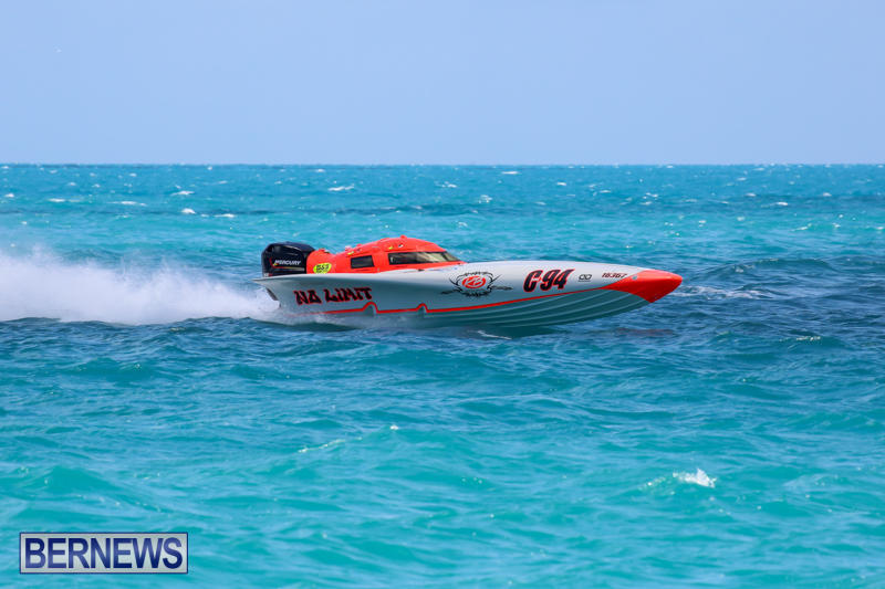 Powerboat-Racing-Bermuda-June-28-2015-12