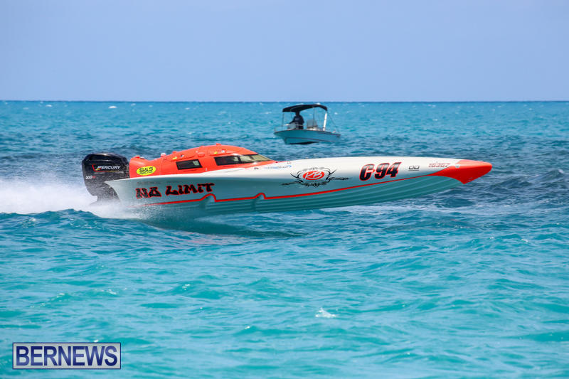 Powerboat-Racing-Bermuda-June-28-2015-13
