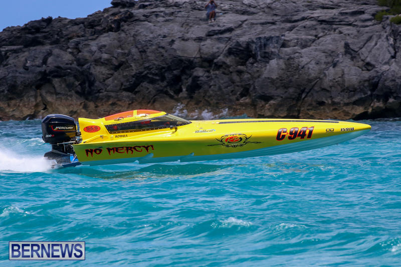 Powerboat-Racing-Bermuda-June-28-2015-16