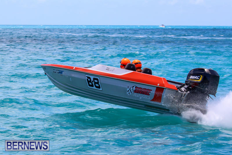 Powerboat-Racing-Bermuda-June-28-2015-19